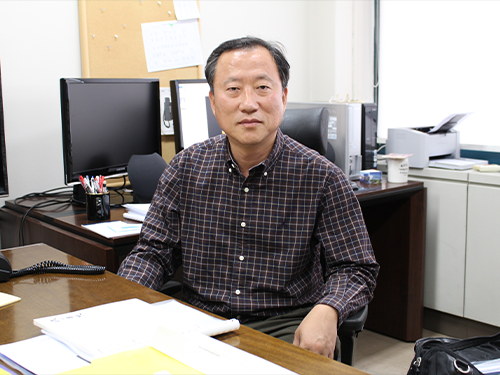 Professor Tae-Eog Lee Receives December's Scientist of the Month Award by the Korean Government 이미지
