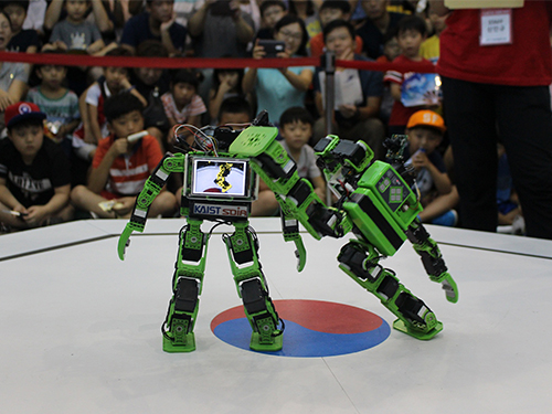 The 2015 Intelligent SoC Robot War Finals 이미지
