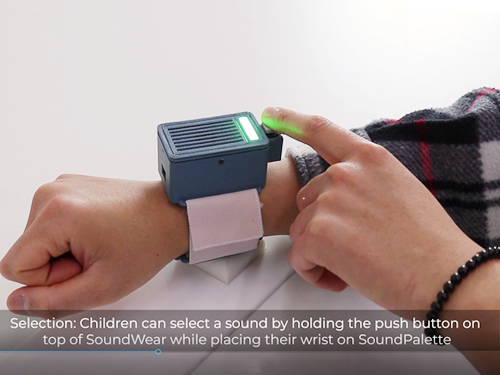 'SoundWear' a Heads-Up Sound Augmentation Gadget Helps Expand Children's Play Experience 이미지