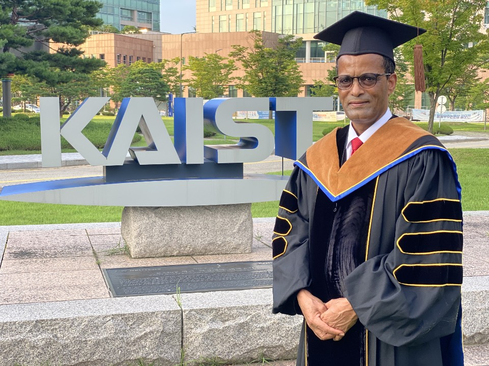 Ethiopia's Former Minister of Urban Development and Housing Mekuria Teklemariam earned his PhD in the Global ITTP last month.